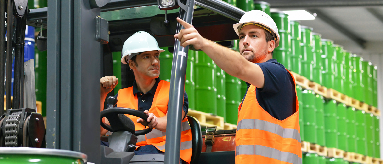 What Does A Warehouse Forklift Operator Do?